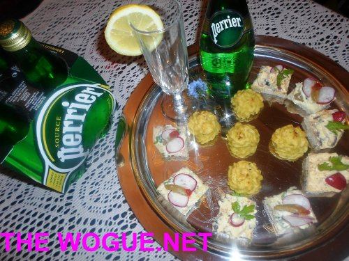 canape e acqua perrier source