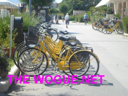 le bici taxi de miramare hotel  castiglione della pescaia