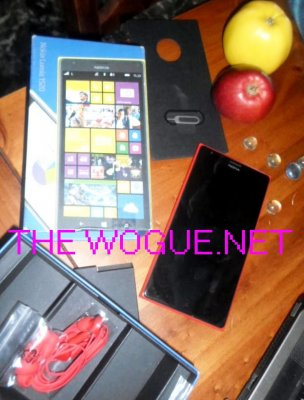 NOKIA LUMIA 1520 E GLI ACCESSORI